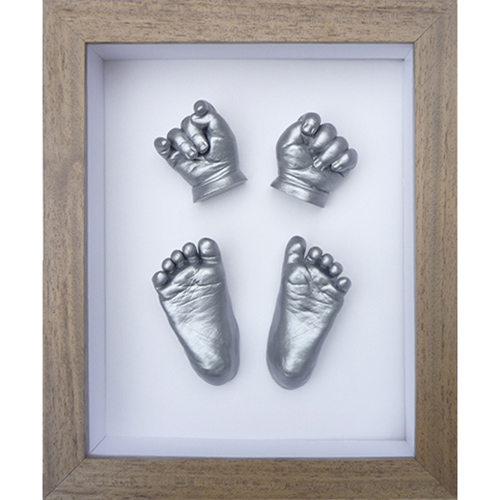 Contemprary 10x8 Single Oak frame with silver casts of a newborn