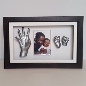 Luxury Hardwood 16x10'' Single Black Frame