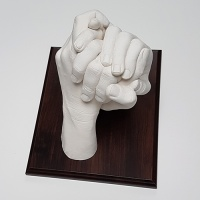 Size 3 Display Plinth - For Couples & Family Hands Casts - 13.5 x 18.7cm