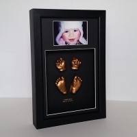 Luxury Hardwood 16x10'' Double Black Frame