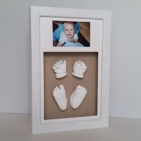 Luxury Hardwood 16x10'' Double White Frame