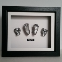 Luxury Hardwood 12x10'' Single Black Frame