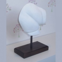 OPT28 - Baby's Bottom Cast - About £100
