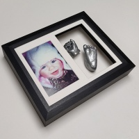 Creative Casting 10x8'' Double Frame 8 Cast Baby Casting Kit